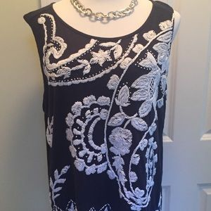 Lucky Brand navy tunic w/white embroidery